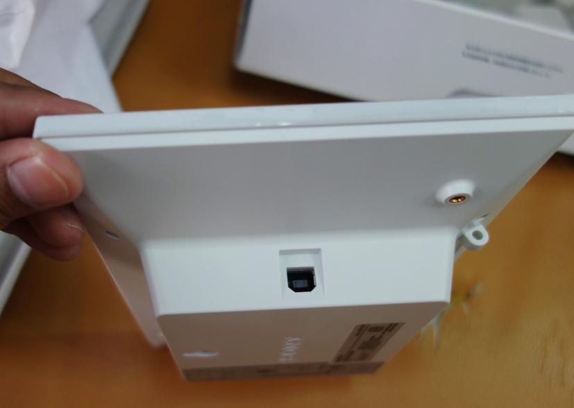 http://image.coolz-server.com/file/gzKCQiUa.JPG